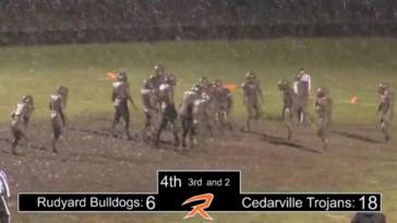 4th quarter of Rudyard-Cedarville football game