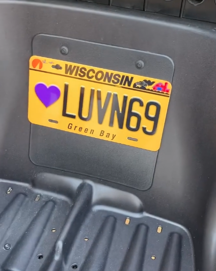 Aaron Rodgers license plate