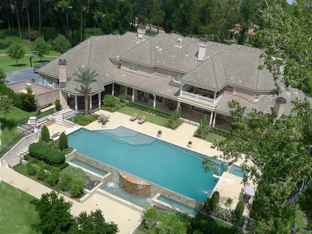 Adrian Peterson house - 4