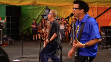 Offspring kicks drummer out of band vaccine