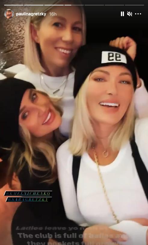 Paulina Gretzky ski vacation - 2