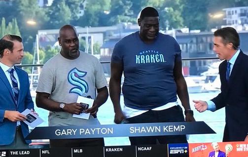 Shawn Kemp shirt