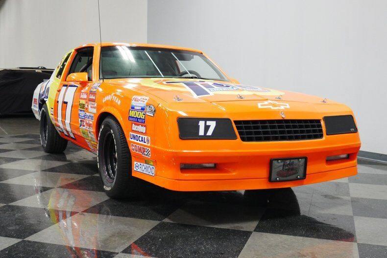 Street legal Darrell Waltrip tribute car - 2
