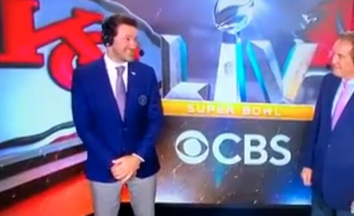 Tony Romo pee spot
